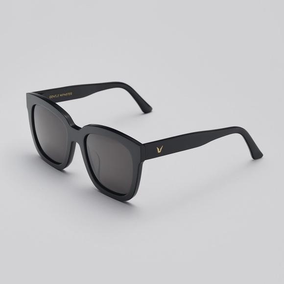 86c2c3454c36 ... Black Zeiss Lenses Source · Gentle Monster Accessories Dreamer Hoff Sunglasses  Poshmark